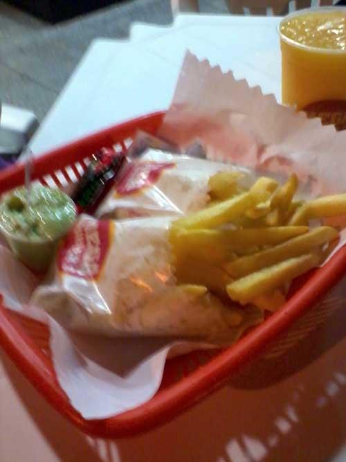 Mega Burger's - Batatinhas e Molho de Ervas