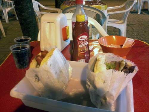 Esquilo Sanduíches - Mesa com Bacon VIP e Rango Bacon
