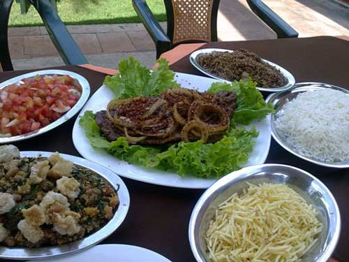 Restaurante Du Park - Filé Grelhado, arroz, feijão tropeiro, batata palha, vinagrete e paçoca