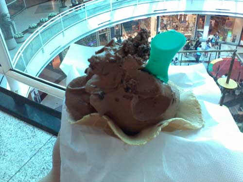 Freddissimo Gelateria - Sorvete de Brigadeiro e Chocolate Meio Amargo