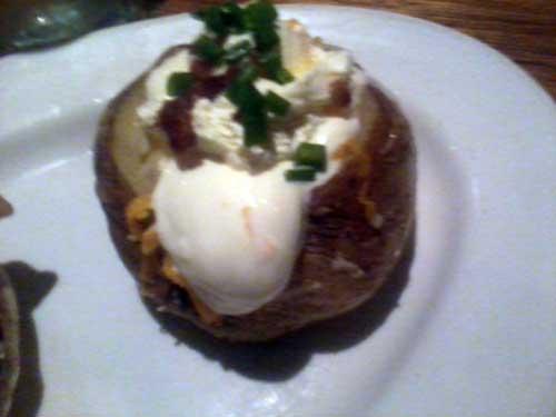 Outback Steakhouse - Batata Recheada