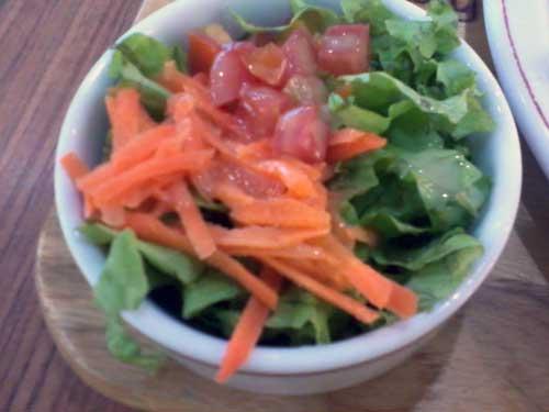 Montana Grill Express - Salada: Alface, Tomate e Cenoura
