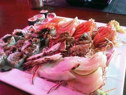 Hakone Restaurante - Prato Principal: Combinado