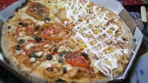Ottima Pizza - Pizza Napolitana e Frango com Creme de Leite