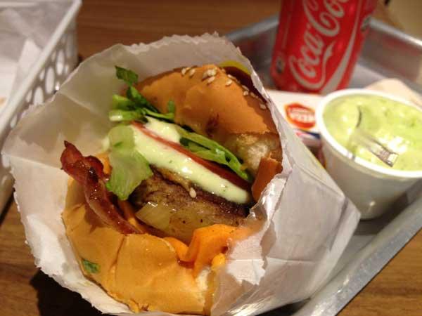 Mega Burger's – O Retorno (4 estrelas)