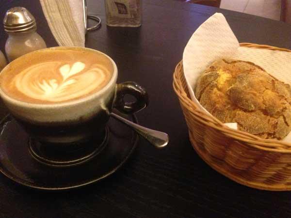 Ateliê do Grão - Cappuccino e Broa