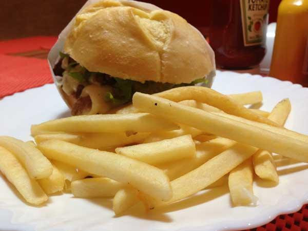 Ray Burger & Grill - Sanduiche Ray Picanha Fatiada