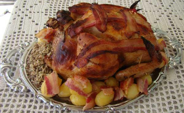 Cozinha Show: Especial de Natal - Chester Marinado com Rauchbier recheado com Bacon e Frutas