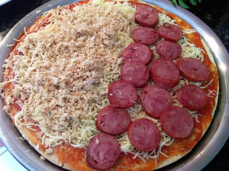 Pizza Fácil - Preparo: Frango Desfiado