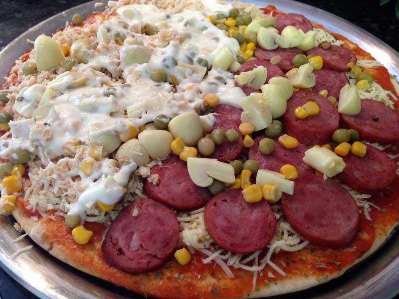 Pizza Fácil - Preparo: Requeijão