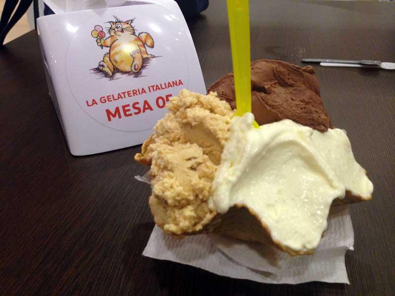La Gelateria Italiana - Gelato: Amendoim, Chocolate e Leite Ninho