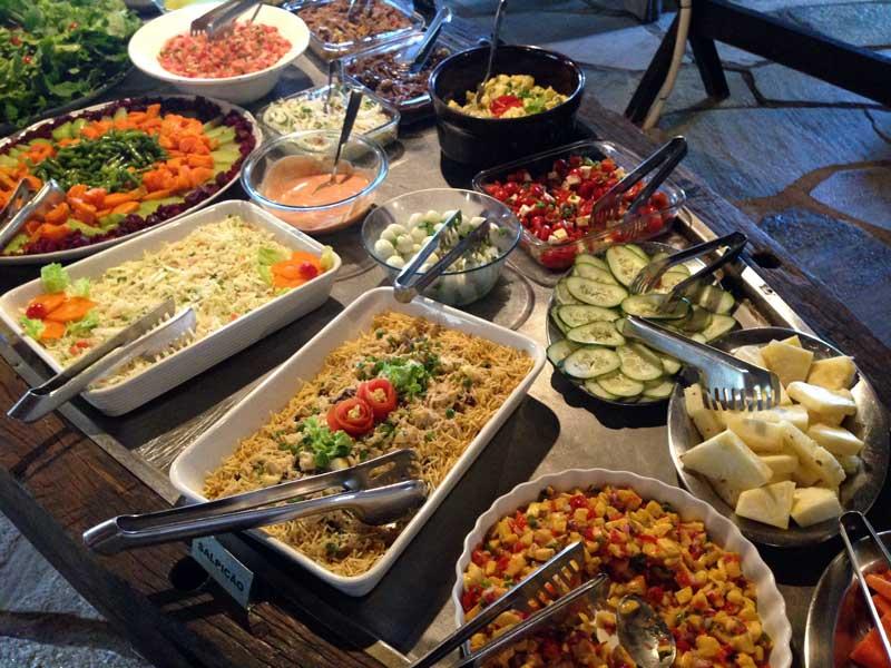 Brioso e Manhoso - Balcão de Saladas