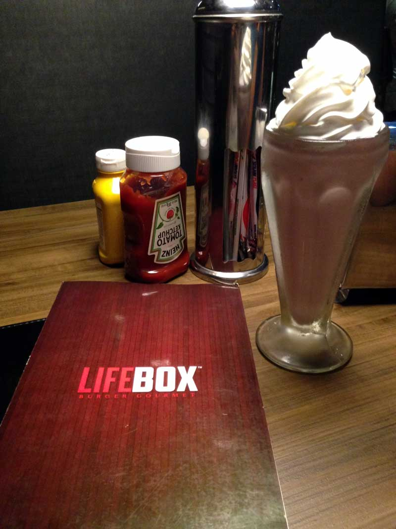 Lifebox Burger Gourmet - Smoothie Framboesa