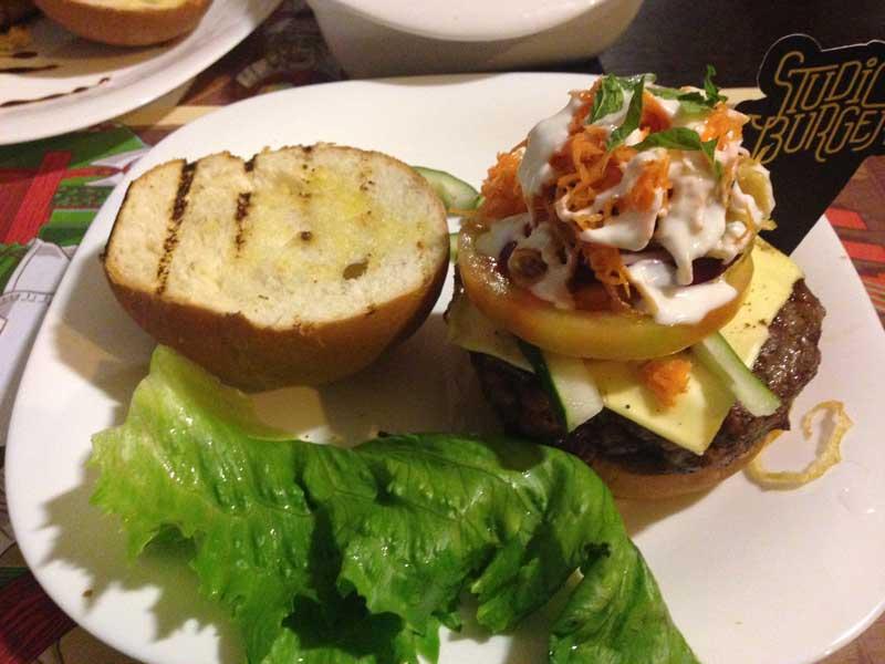Studio Burger - Sanduíche: Kebab